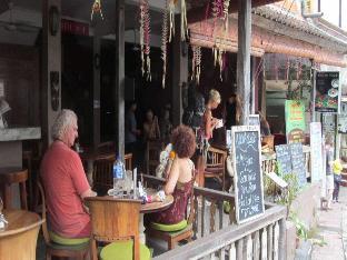Dewi Sita street