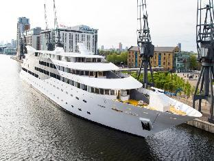 Sunborn Yacht Hotel London PayPal Hotel London