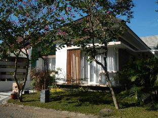 Kencono Family Guest House