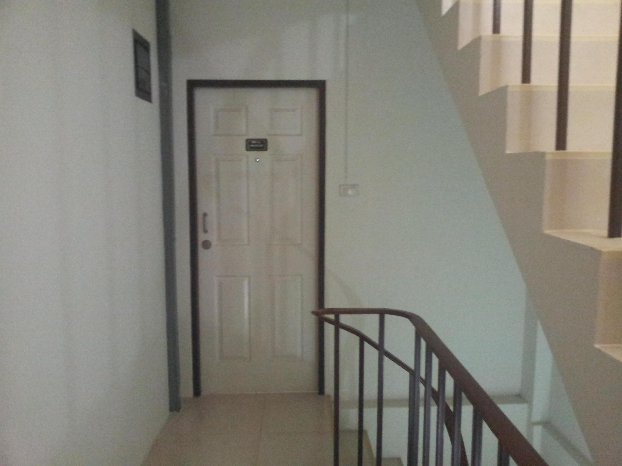 Bangsean Room Female Dormitory,หอพักหญิง บางแสนรูม