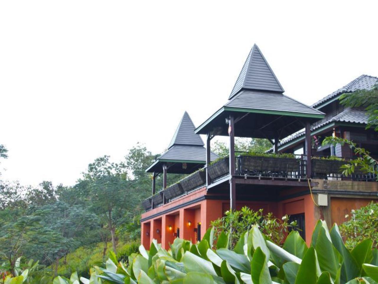 ท่าตอนฮิลล์ รีสอร์ท (Thaton Hill Resort)