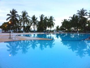 Sunshine Beach Condotel - Pattaya