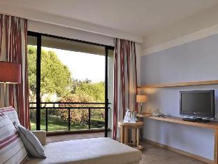 佩斯塔纳达马若昂二世别墅及海滩度假酒店