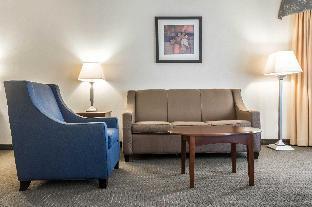 Interior Suites South Burlington