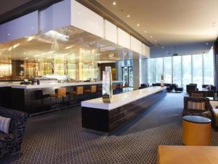 Crown Promenade Hotel Melbourne - Restaurant