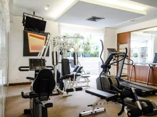 At Ease Saladaeng by Aetas Bangkok - Fitness Room