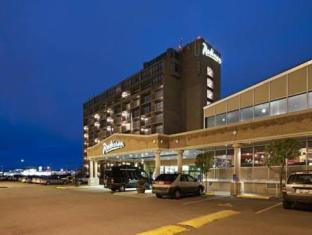Clarion Hotel And Conference Centre Calgary (AB) - Exterior