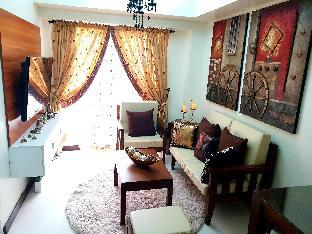 FULLY FURNISHED 2BR CONDO WITH PARKING AND WIFI