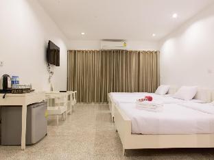 Chiang Rai Hotel guestroom junior suite