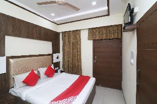 OYO 24557 Amba Inn Агра