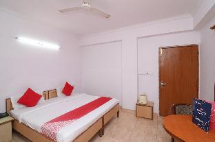 OYO 24680 Hotel Devansh Агра