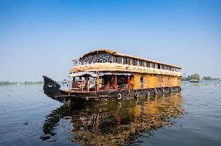 OYO 24146 Houseboat Anugraha 6bhk Аллеппи