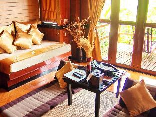 Baan Laanta Resort & Spa guestroom junior suite