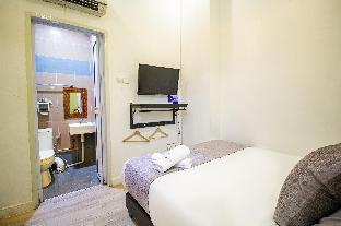 Front view of Q Loft Hotels@Geylang (SG Clean Certified & Staycation Approved)