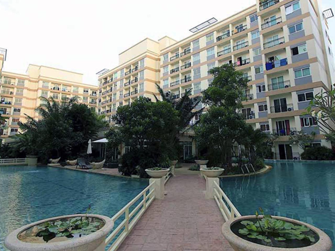 ปาร์คเลน จอมเทียน รีสอร์ท บาย คริส (Park Lane Jomtien Resort by Chris)