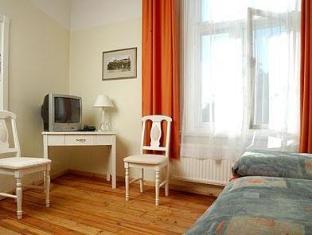 Hotel Skane Tallinn - Kamar Tidur