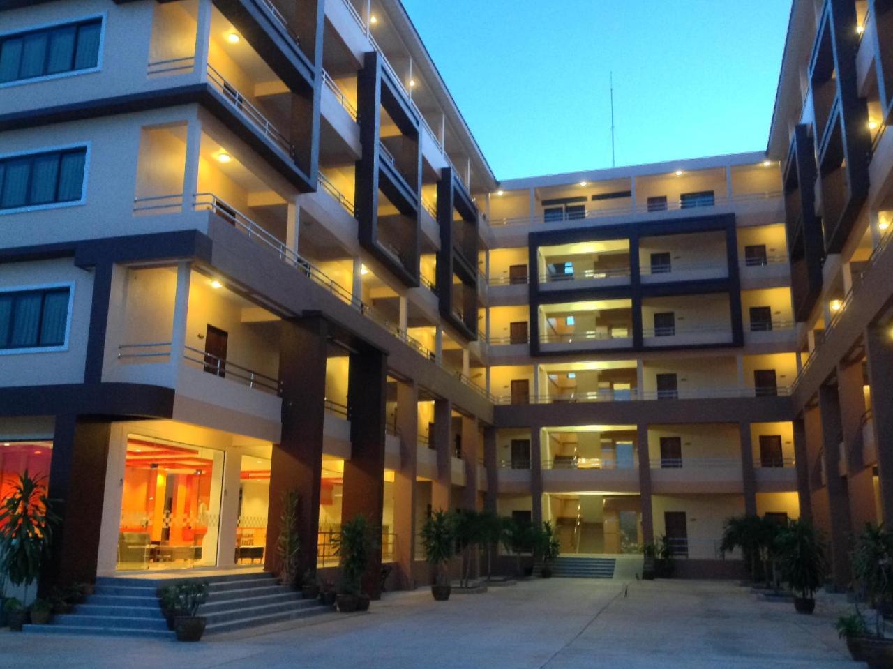 โรงแรมเพอร์เฟค เพลส (Perfect Place Hotel)