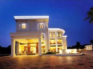 Hotel Wyte Portico Адур