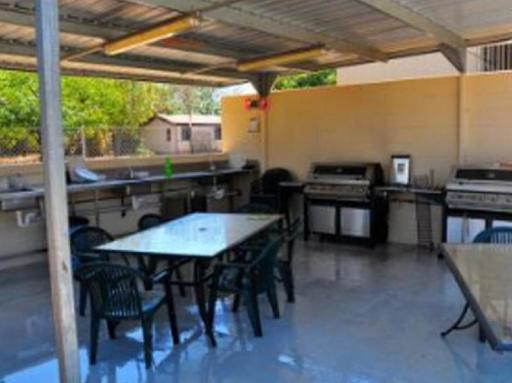 Best guest rating in Mount Isa ➦ Burke & Wills Motel Mt Isa takes PayPal