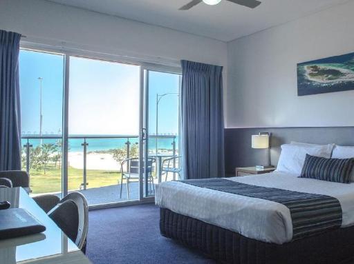 Best PayPal Hotel in ➦ Geraldton: Mantra Geraldton Hotel