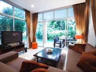 ナガワリ 4 ベッドルームズ プール ヴィラ Nagawari 4 Bedrooms Pool Villa