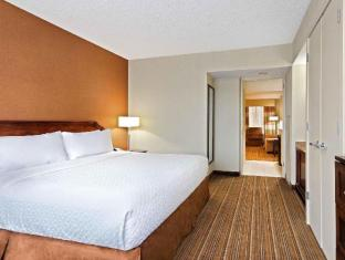 Interior Embassy Suites Parsippany Hotel