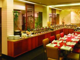 The New Kenilworth Hotel-Kolkata Kolkata - Buffet