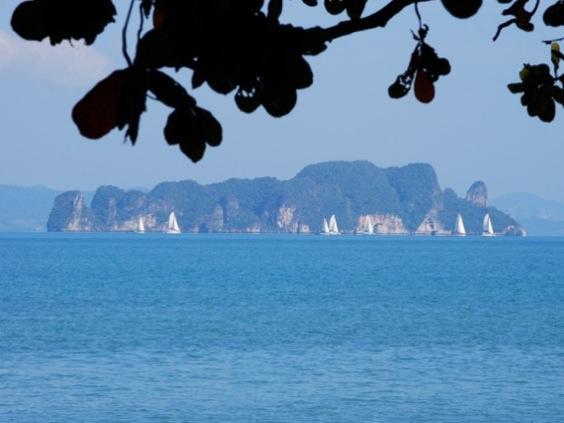 เกาะยาว เบย์ พาวิลเลี่ยนส์