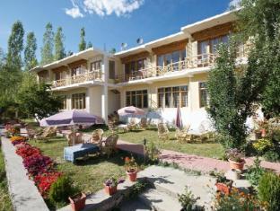 Hotel Sangto Villa - Leh