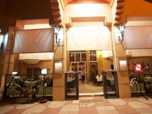 Tachfine Hotel Marrakech - Entrance