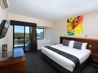 Assured Ascot Quays Apartment Hotel Perth - Guest Room