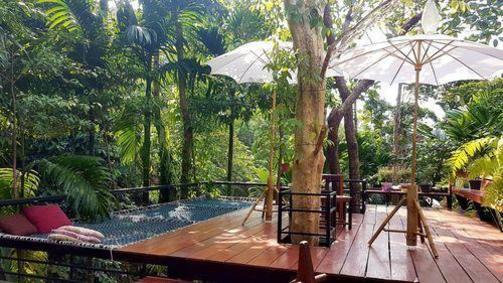 Nua Tone Resort & Cafe