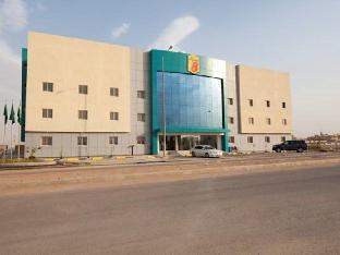 Super 8 Al Riyadh Motel