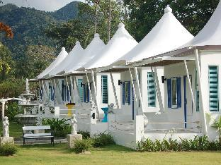 The White Knot Resort