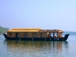 The Lotus - Houseboat - Nileshwar