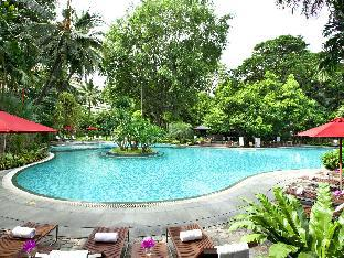 Swissotel Nai Lert Park Hotel 5 star PayPal hotel in Bangkok