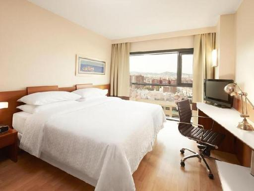 Four Points by Sheraton Barcelona Diagonal hotel accepts paypal in Barcelona