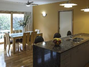 Apartments on Church PayPal Hotel Lakes Entrance