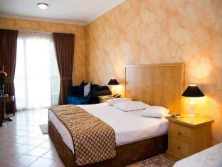 Ramee Hotel Apartments Dubai - Studio Apartment