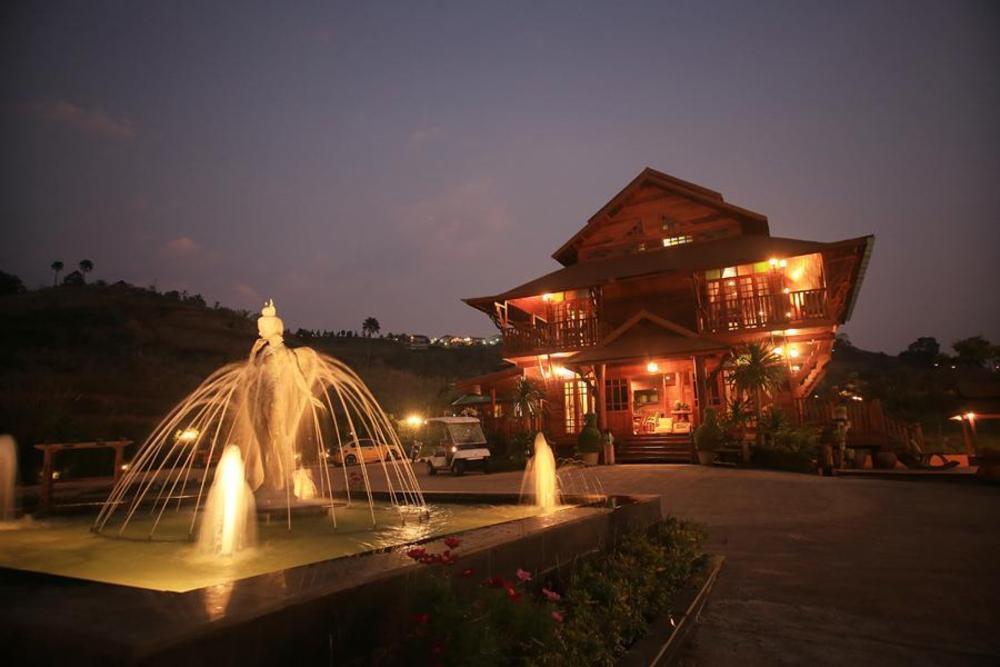 Burimuntar Resort