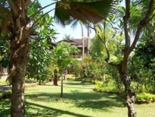 Rambutan Lovina Hotel Bali - Vrt