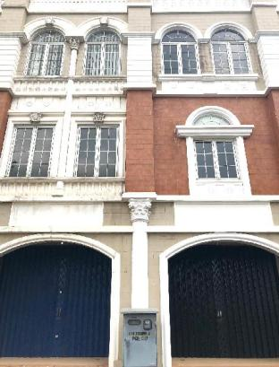 IL Dormitorio Blok B No.36 , Jalan Paramount Boulevard, Gading Serpong, Serpong