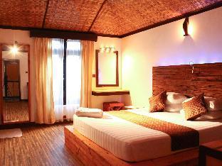 Yonder Retreat Folhudhoo PayPal Hotel Maldives Islands