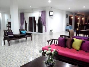 Srisareemaya Hostel - Sisaket