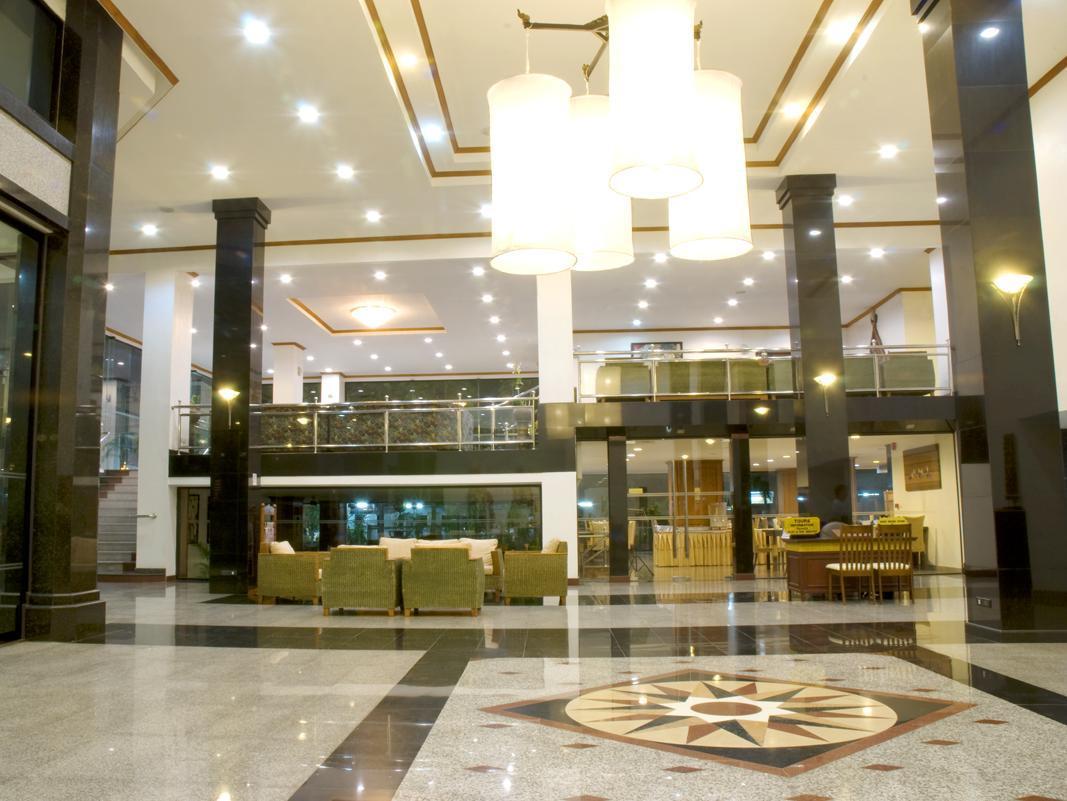 โรงแรมซี เอช