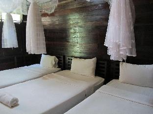 Namkhong Guesthouse and Resort guestroom junior suite