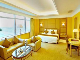 Golden Crown China Hotel Macao - Suiterom