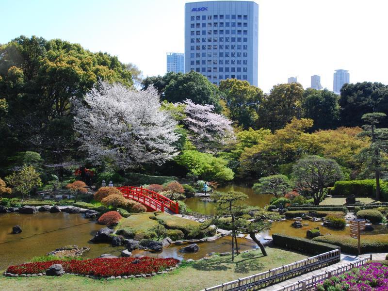 hotel new otani tokyo garden tower tokyo japan overview. Black Bedroom Furniture Sets. Home Design Ideas