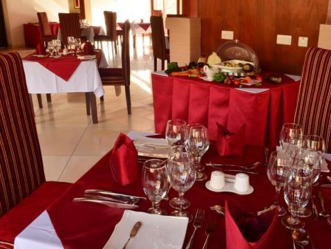 Ganako Luxury Lodge Special Offer