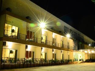 ザ パビリオン ホテル アンド ヴィラージュ The Pavilion Hotel and Village